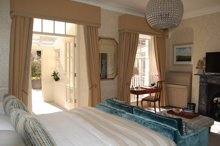 The Pembridge Townhouse Suite and Conservatory